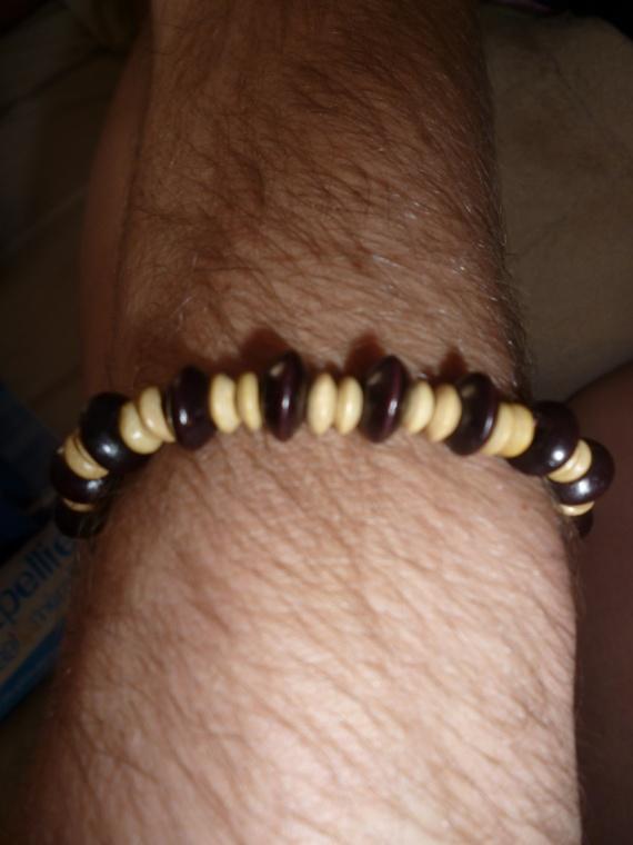 Bracelet homme = 5 euros