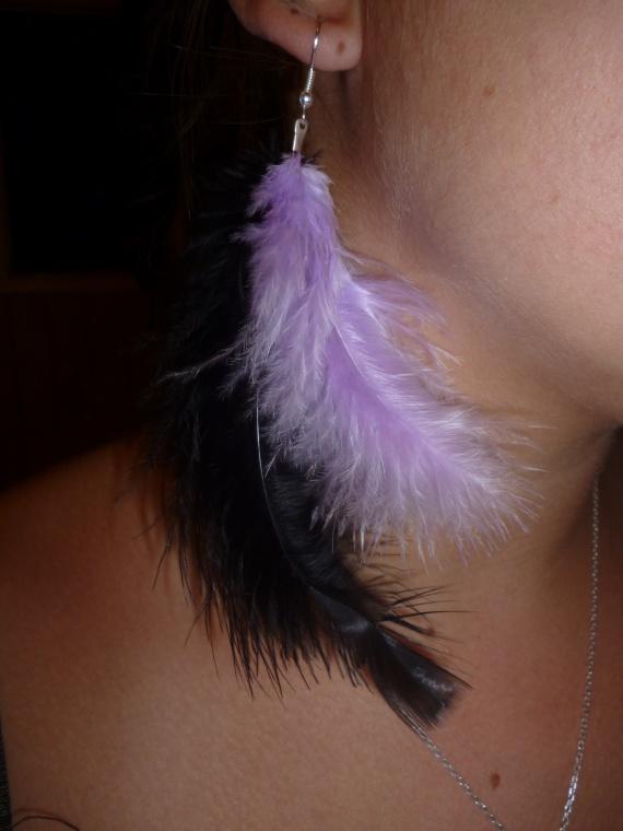 Pair de boucle d'oreilles plumes = 7 euros