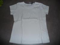 t-shirt decathlon blanc 6 ans 2€