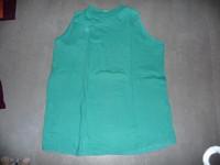 t-shirt vert kiabi 42/44 2€