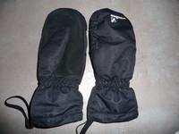 moufle wedze noir 12/14 ans noir 5€