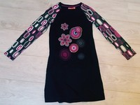 robe desigual taille 11/12 ans 15€