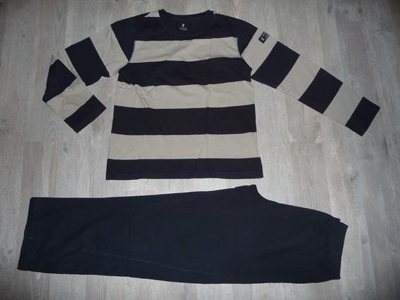 pyjama CFK 12 ans 4€