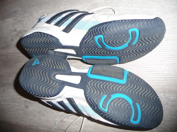 basket adidas 36 37 15€