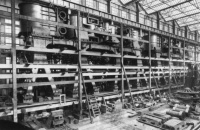 02_titanic_engines
