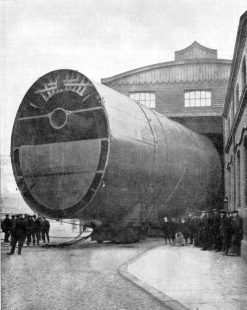 Titanic Engine Room Underwater: Cheminée Du Titanic