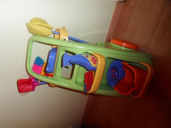 chariot de m nage smoby 8 euros jeux jouets pomdap. Black Bedroom Furniture Sets. Home Design Ideas