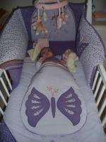 Ca y est j'ai mon grand lit... fini le berceau...