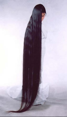 20080112-woman-with-very-long-hair