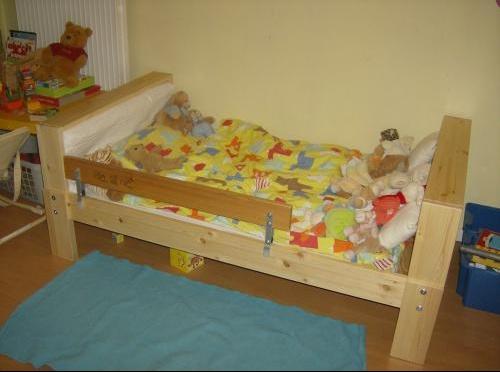 ou acheter un grand lit et quel prix b b s de l 39 ann e forum grossesse b b. Black Bedroom Furniture Sets. Home Design Ideas