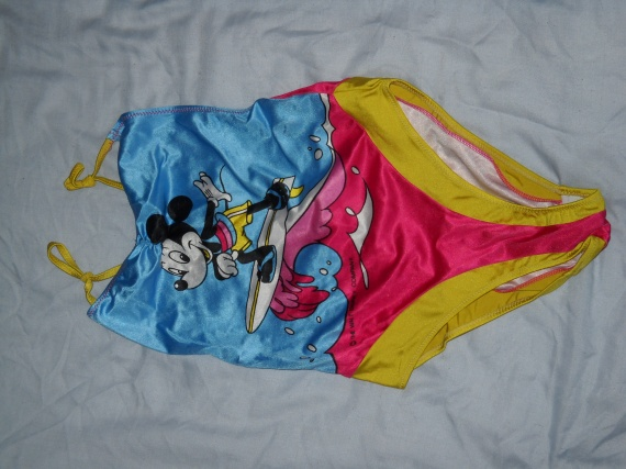 Mon 8 ans fille !!   Fille-8-ans-maillot-bain-3-img