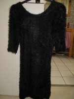 ROBE NOIRE DECOLLETEE DOS MANCHES 3/4 MATIERE DOUCE TAILLE 36/S 8€ COLLECTION DE CETTE ANNEE COMME N