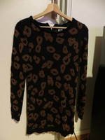 PULL LONG COLLECTION RECENTE TAILLE S 8€