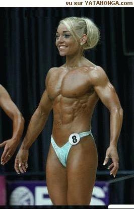 Voila Un Homm Heu Une Femme Musclee