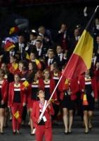 Tia porte drapeau aux J.O. de Londres