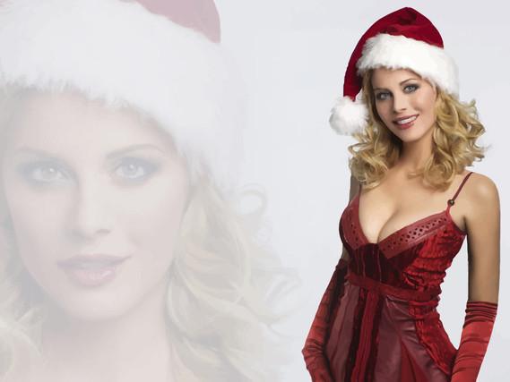 Sexy-Santa-Eva