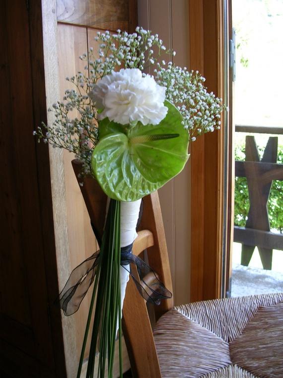 Montrez nous vos photos des banc d eglise mariage forum vie pratique - Decoration eglise mariage champetre ...