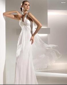 ...для невест 2010.  Акцент...  Фотообзор коллекции свадебных платьев...