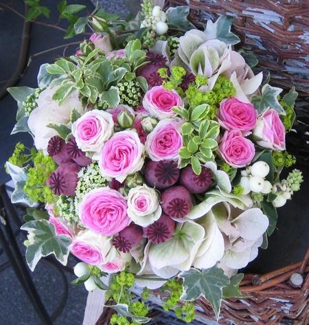 bouquet de mari e fleurs de jardin avec roses mimi eden. Black Bedroom Furniture Sets. Home Design Ideas