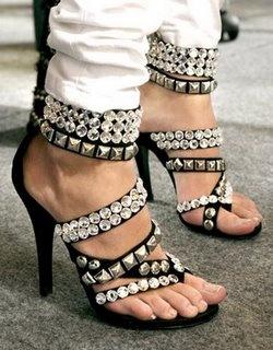 balmain-studded-shoes-de-93960280