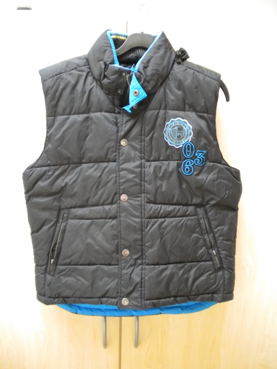 veste garcon sans manches 14 ans noire tres bon etat 5. Black Bedroom Furniture Sets. Home Design Ideas