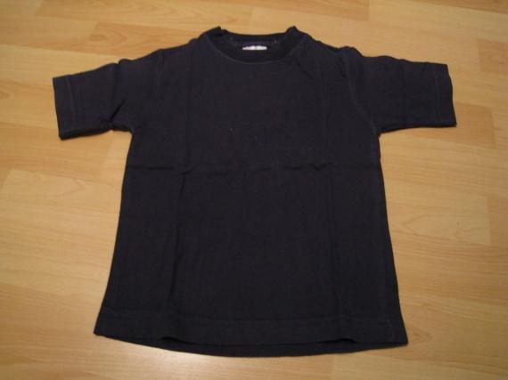 T-shirt bleu marine, 1 euro