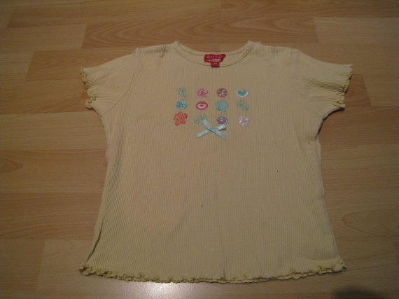 T-shirt Vynil Fraise 3 ans, 1,50 euros