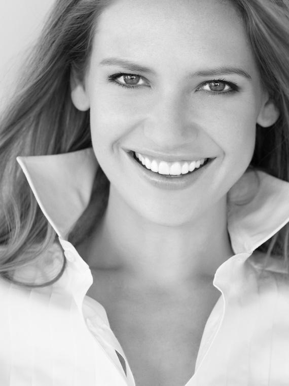 Anna Torv (6)