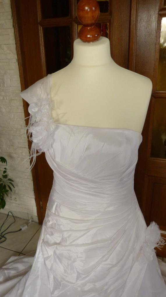 Robe de mariée taille 40/42 détails