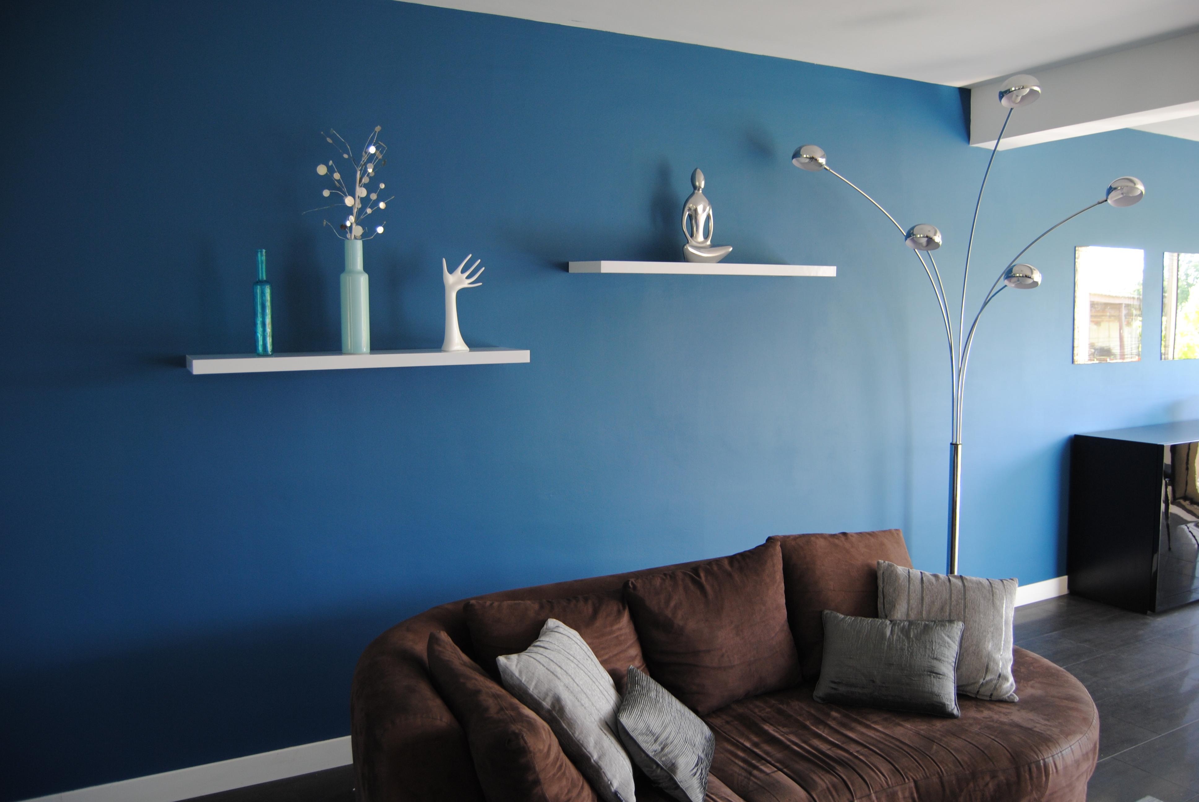 Salon Gris Et Bleu Canard peinture bleu canard dans mon séjour j'ai osé! (photo