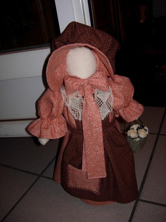 poupée sun-bonnet (cale porte) (1)