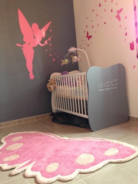 Beautiful chambre bebe fille rose et gris ideas antoniogarcia info
