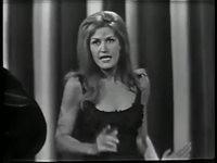 Dalida - `` Scandale Dans La Famille ``
