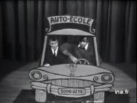 Jean Yanne et Lawrence Riesner 'Le permis de conduire' - Archive INA