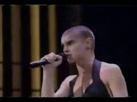 Sinead O'Connor   Mandinka (1989 Grammy's)