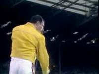 Queen - Under Pressure (Wembley Stadium 1986)