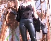 Girl in Slinkystylez RubberLacquer Leggings (TightCrotch HD4)