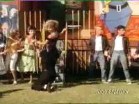 Grease - You're The One That I Want (John Travolta & Olivia Newton John)