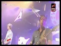 YouTube_-_Nâdiya_&_Enrique_Iglesias_-_Tired_Of_Being_Sorry_LIVE_@_NRJ_Music_Tour_-_Mozilla_Firefox