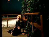 Christina Aguilera - Genie In A Bottle - YouTube
