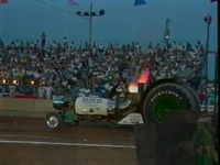 Tractor Pull Accidents - Crash Encounters - YouTube