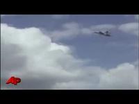 crash avion de chasse - YouTube