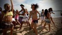 Loona Vamos a la playa Clip Officiel - YouTube