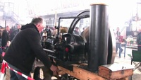 Start Scharrer   Gross Stationärmotor   Old Stationary Engine - YouTube